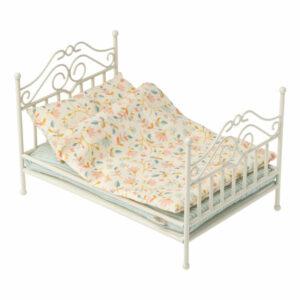 Maileg Vintage Bed Soft Sand